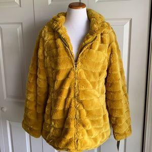 Steve Madden Mustard Faux Fur Teddy Coat NWT Sz L